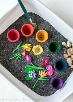 Spring Theme Activities for Preschool Kids Crafts, Toddler Crafts, Preschool Crafts, Toddler Preschool, Sensory Boxes, Sensory Table, Sensory Play, Montessori Activities, Learning Activities