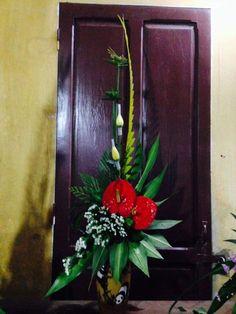 Altar Flowers, Church Flower Arrangements, Beautiful Flower Arrangements, Floral Arrangements, Beautiful Flowers, Floral, Tropical Floral Arrangements, Tropical Flowers, Altars