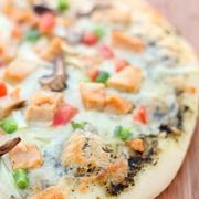 California Pizza Kitchen BBQ Chicken Pizza Recipe - Six Sisters Stuff