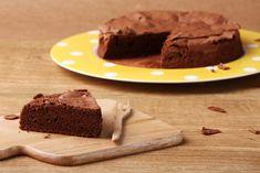 Ricetta torta al cacao vegan - soffice, dal sapore delicato, spugnosa e adatta ad ogni momento dolce della giornata, la torta al cacao vegan adatta a tutti.