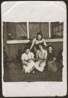 Four girls who are members of the Hanoar Hatzioni Zionist youth movement in the Sosnowiec ghetto. [Photograph #33132]