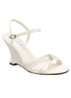 5af38765b6fc8 Possible wedding shoe.