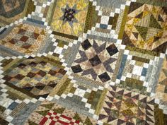 Civil War Quilt Pattern Very effective layout, sampler blocks alternating with courthouse steps. Brilliant!