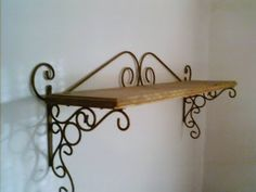 madera y hierro Iron Furniture, Custom Furniture, Metal Shelf Brackets, Metal Bending, Metal Forming, Forging Metal, Vintage Cafe, Iron Work, Miniature Furniture