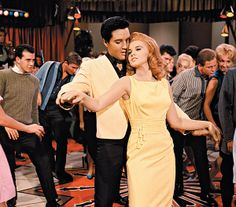Ann Margaret & Elvis! Loved these two together!