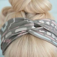 Big Twisted Headband. DIY idea