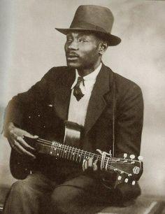 Blind Boy Fuller Albums on CD, Digitized 78 & Vinyl Delta Blues, Jazz Blues, Rhythm And Blues, Blues Music, Buddy Guy, Soul Music, My Music, James Brown, Eric Clapton