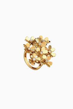 Свежие цветы в букете Van Cleef & Arpels | Украшения | VOGUE Van Cleef Arpels, Brooch, Passion, Art, Jewelry, Vogue, Art Background, Jewlery, Jewerly