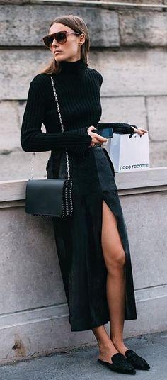 Black sweater | Street Style