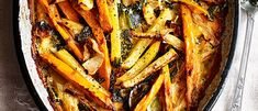 Try our swede, kale and sweet potato gratin recipe. Make potato gratin style recipe for a Christmas dinner side dish. Make our easy gratin recipe with swede Veggie Side Dishes, Side Dish Recipes, Veggie Tray, Yummy Recipes, Healthy Recipes, Chicken Tray Bake Recipes, French Side Dishes, Christmas Dinner Side Dishes, Vegetable Pasta Bake