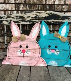 Reclaimed Pallet Bunny Sign by MySalvagedStyle on Etsy