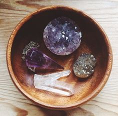 Amethyst and Clear Quartz // crystal fairy vibes