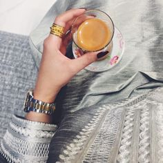 arabic, hijab abaya, and hijab fashion image Girly Images, Girly Pictures, Arab Fashion, Fashion Images, Tumblr P, Modern Mehndi Designs, Cute Couple Art, Artsy Photos, Profile Picture For Girls