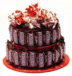 Now you can customize your candy bar cake with their favorite candy bar. Choose from 9 different candy bar flavors - Snickers, Butterfingers, Kit Kat, etc. - and we will make the candy bar cake entire . Chocolate Snickers, Snickers Torte, Snickers Candy Bar, Chocolate Gifts, Cake Chocolate, German Chocolate, Chocolate Syrup, Candy Cakes, Cupcake Cakes