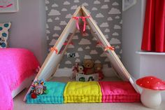 children's floor cushions and cloud wallpaper Ideas Habitaciones, Deco Kids, Cloud Wallpaper, Little Girl Rooms, Kid Spaces, Kids Decor, Girls Bedroom, Grey And White, Playroom