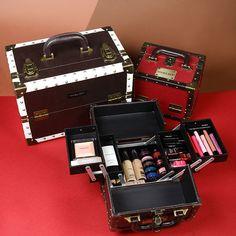 Retro style #retro #makeupcases #accessories