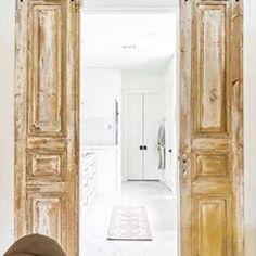 Shop Your Screenshots™ with LIKEtoKNOW.it, a shopping discovery app that allows you to instantly shop your favorite influencer pics across social media and the mobile web. Instant Face Lift, Antique Doors, Oversized Mirror, Photo And Video, Amy, Instagram, King, Videos, Home Decor