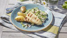 Klippfisk på grillen er utrolig enkelt og smakfullt. Server grillet klippfisk sammen med den populære brokkolisalaten for det perfekte sommermåltidet.