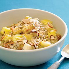 i'm all about oatmeal  Aloha Oatmeal - banana, fresh pineapple, toasted sliced almonds, toasted coconut