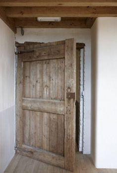 portes anciennes porte d 39 entr e pleine portes anciennes porte de mas en chataignier d co. Black Bedroom Furniture Sets. Home Design Ideas