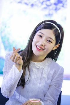 8 idols that admitted to plastic surgery Jung Ii Woo, Jung Chaeyeon, South Korean Girls, Korean Girl Groups, Jeon Somi, Ioi, Chinese Actress, Celebs, Celebrities