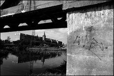 Usine abandonnée - photographie noir et blanc argentique