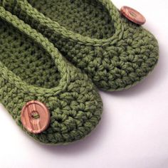 chic stylish crochet slippers