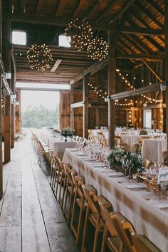 This understated and uber cool trend is well loved by brides and the stylish ideas just keep getting better. We're bringing you 17 new rustic wedding ideas that are laid back, fabulously chic and totally you. Wedding Reception Ideas, Wedding Themes, Wedding Planning, Wedding Decorations, Reception Backdrop, Decor Wedding, Wedding Receptions, Rustic Wedding Venues, Wedding Dinner