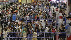Debate por precio de tasas de embarque en Chile arremete en foro aeronáutico y aerolíneas urgen revisarlas
