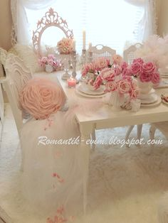Shabby pink roses Shabby Cottage Chic room decor