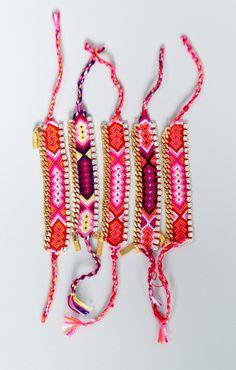 friendship bracelet with plated chain and Swarovski detail
