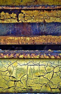 rust & crackling texture in bold colors Patterns In Nature, Textures Patterns, Color Patterns, 3d Foto, Peeling Paint, Rusty Metal, Beautiful Textures, Art Plastique, Oeuvre D'art