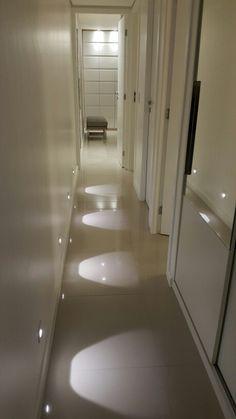 Iluminação com balizadores #deborahdearaujo #Interiores #autoral