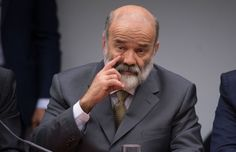 PT diz que Vaccari solicitou seu afastamento da tesouraria da sigla