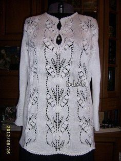 Lily of the Valley - no pattern for garment, just to display Lily of the Valley stitch (see separate pin for actual stitch) Leaf Knitting Pattern, Lace Knitting Patterns, Knitting Stitches, Knitting Designs, Beautiful Crochet, Crochet Lace, Knit Dress, Pulls, Free Pattern
