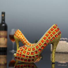 66.09$  Buy now - http://alidud.worldwells.pw/go.php?t=32382002785 - New 2015 Peep Toe Rhinestones Women Wedding Shoes Crystals Elegant Bridal Platform High Heels Women Evening Party Pumps Sandals