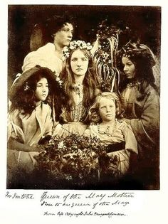 Happy In this photograph, photographer Julia Margaret Cameron portrays her house maid Mary Ryan crowned as the 'May Queen'. Old Pictures, Old Photos, Julia Margaret Cameron Photography, Mother Dearest, Out Of Focus, Modern Photography, Portrait Photography, Pre Raphaelite, Beltane