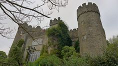 Spukgeschichten aus Irland: Heute das #Malahide #Castle in der Nähe von Dublin: http://www.namida-magazin.de/2016/11/tagestour-ab-dublin-malahide-schloss-und-park.html