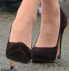 Kate's brown suede shoes are by Emmy Shoes. Kate also carried her Emmy suede clutch at Government House.