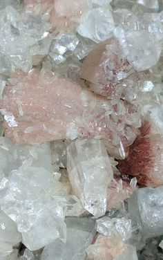 Apophyllite and stilbite from India close up shot Minerals And Gemstones, Crystals Minerals, Rocks And Minerals, Stones And Crystals, Healing Crystals, Crystal Aesthetic, White Aesthetic, Classy Aesthetic, Aesthetic Iphone Wallpaper