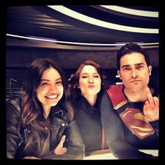 Image uploaded by r e n. Find images and videos about superman, tyler hoechlin and Supergirl on We Heart It - the app to get lost in what you love. Supergirl Alex, Melissa Supergirl, Supergirl And Flash, Logan Lerman, Tyler Hoechlin, Arrow, Alex Danvers, Cw Dc, Chyler Leigh