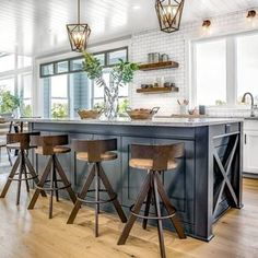 """Home Bunch (@homebunch) on Instagram: """"New Post on Home Bunch (link in profile). Stop by the #blog to see many #interiordesignideas,…"""""""