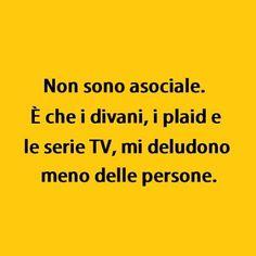 Serie TV > All. (By @masse78) #tmlplanet #serietv #plaid #divano #freddo #inverno