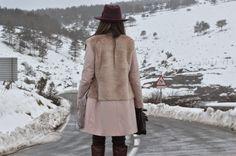 pastel , pink coat, snow , streetstyle , ABRIGO PASTEL