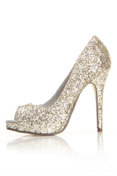 sparkley. these in my wedding color would be amazing