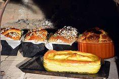 Cozonac moldovenesc traditional (reteta pas cu pas) Romanian Food, Romanian Recipes, Sweet Bread, Griddle Pan, French Toast, Muffin, Breakfast, Pastries, Cosmetics