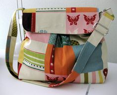 wonderland (Sweet Pea Totes Hobo Bag)
