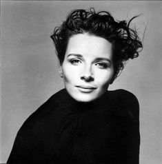 Juliette Binoche by  Richard Avedon