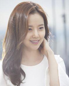 아름다운 문채원 #문채원#moonchaewon#snp화장품 Asian Woman, Asian Girl, Ideal Girl, Korean Shows, Moon Chae Won, Korean Beauty, Korean Actors, Kdrama, Hair Makeup