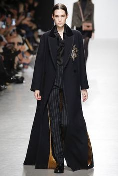 Valentin Yudashkin Autumn/Winter 2017 Ready to wear Collection   British Vogue